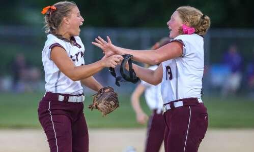 North Linn returns to state softball tournament