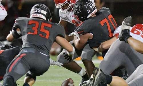 Iowa high school football rewind: 17 takeaways for 4-0 Linn-Mar