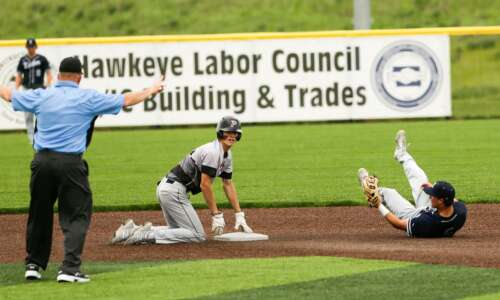 Prairie's Bronx Lewis, Maddux Frese come from strong baseball lineage