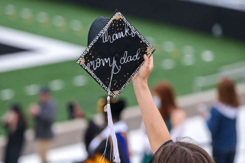 Kinnick celebration honors University of Iowa grads after unparalleled year