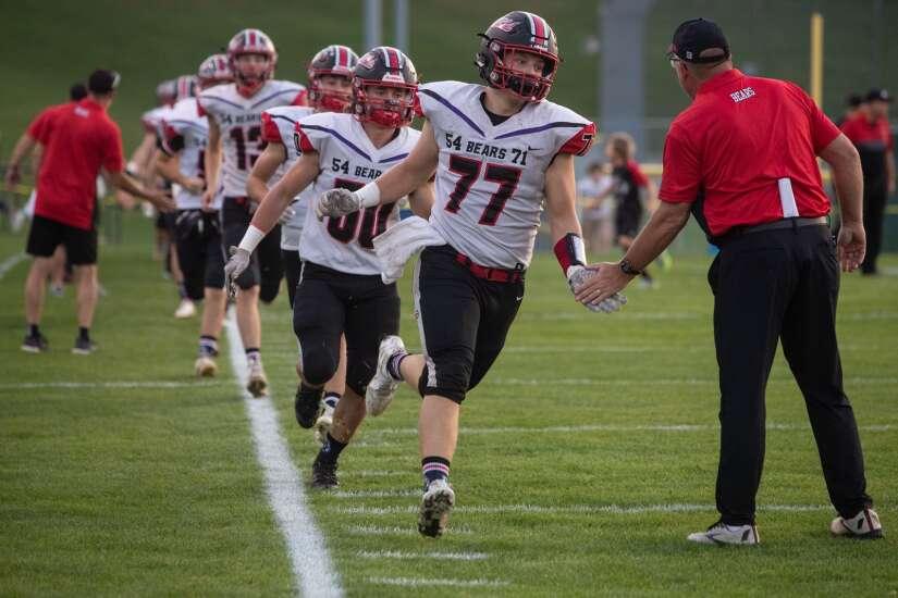Iowa high school football rewind: End of regular season is here