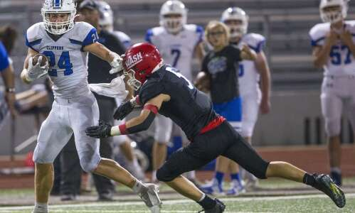 Yet another 1-point win for Clear Creek Amana football