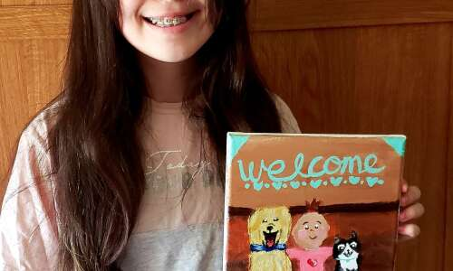This teen welcomed her baby cousin with an original painting
