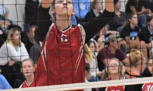 Pekin falls against Louisa-Muscatine volleyball
