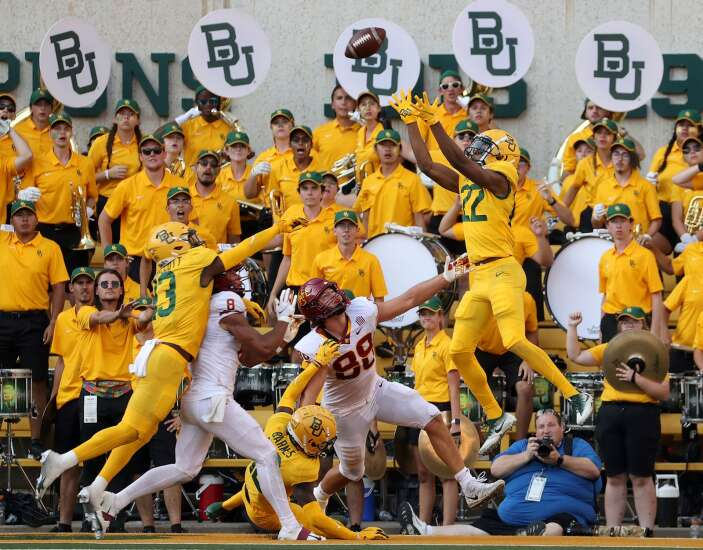 Iowa State football makes mistakes in all 3 phases in loss to Baylor