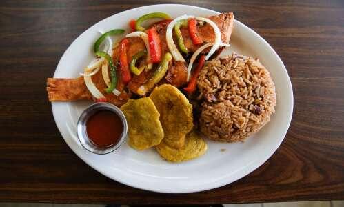 Wawa Caribbean Restaurant brings island flavors to CR