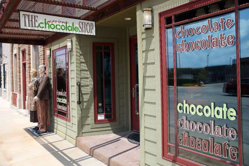 Marion Chocolate Shop open for business with new owners