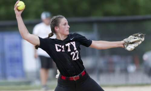 Iowa high school state softball 2021: Gazette area team capsules