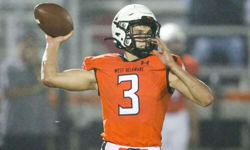 Tracking the area Iowa high school football playoff races