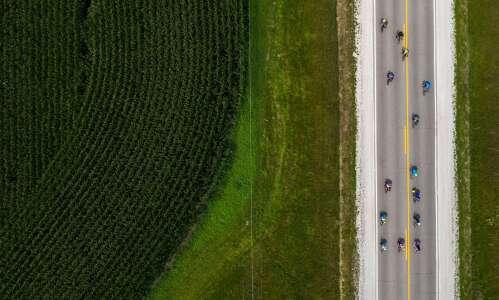 Photos: RAGBRAI riders arrive in Linn County