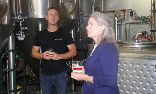 Ernst visits Fairfield cider house