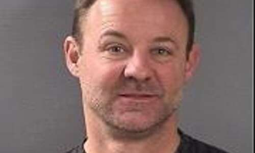 Marion man accused of spying on women in Iowa City