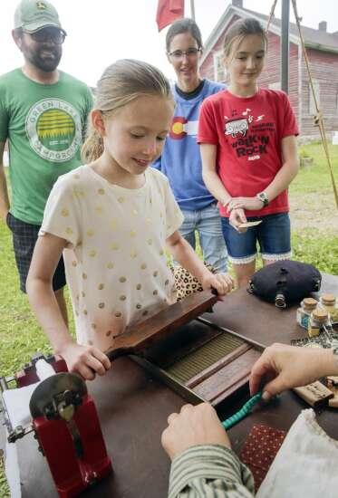 Civil War history comes to life at Cedar Rapids re-enactment