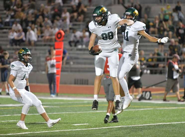 Iowa high school football rankings: Power of Class 2A District 2 reflected in this week's poll