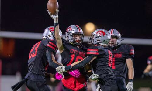 Iowa City High is for real: Little Hawks topple Dowling