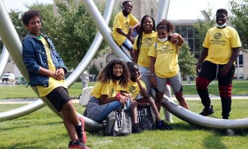 Boys & Girls Club students set goal of giving back