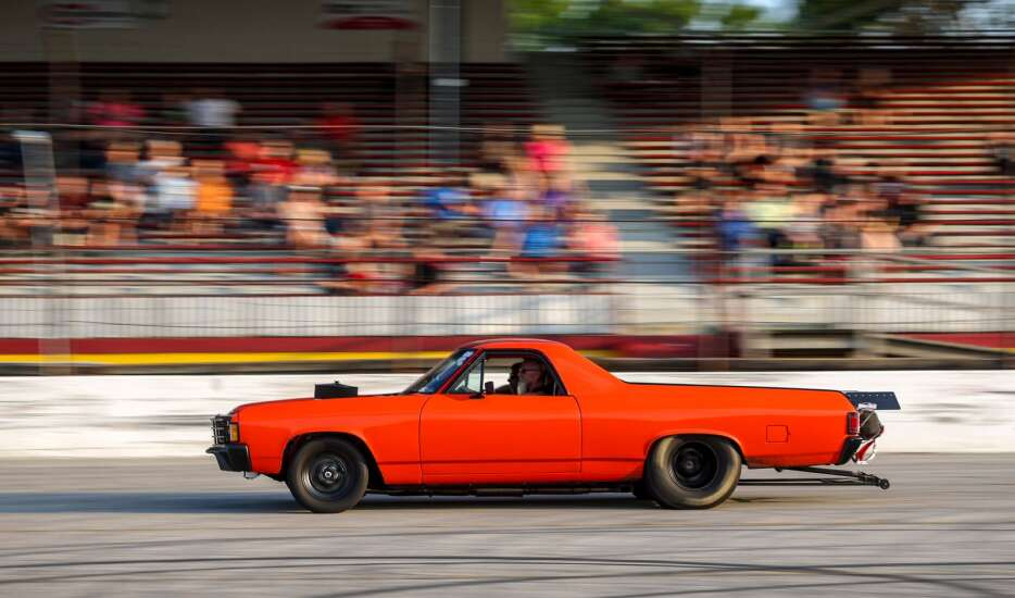 Photos: SPI Outlaw Street Drags at Hawkeye Downs