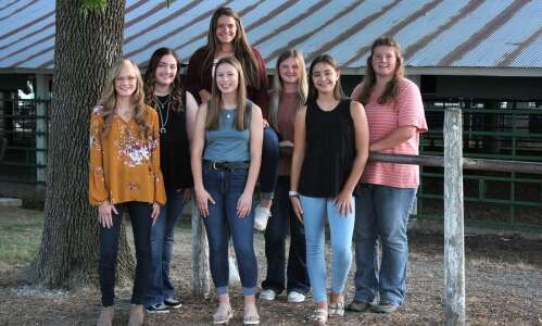 Seven girls compete in Jefferson County queen contest
