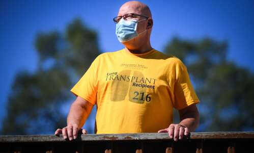 First COVID patient in Iowa gets double lung transplant