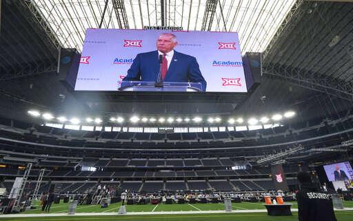 With eye on SEC, Oklahoma, Texas move toward leaving Big 12