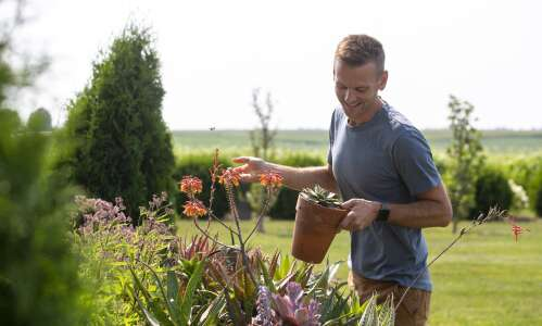From his Iowa farm, Wyse Guide shares home, garden passions
