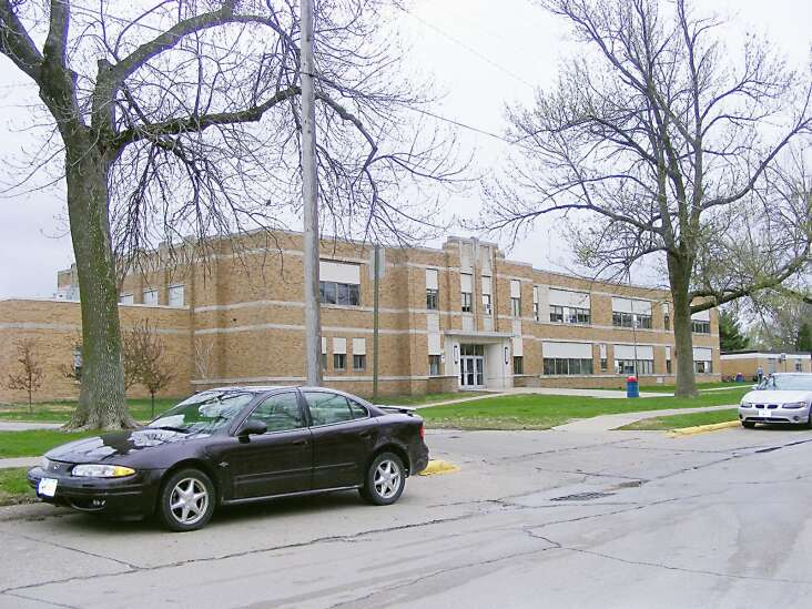 Washington school board accepts bids for Lincoln HVAC project