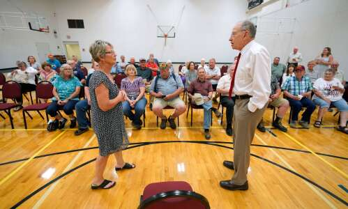 Grassley, 87, shows Iowa voters he's keeping up