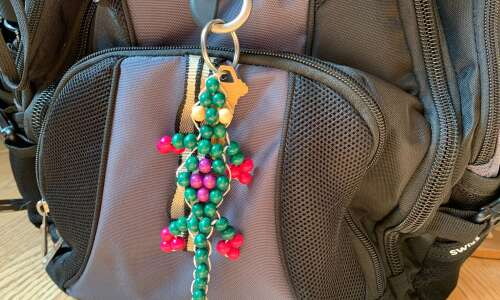 Channel your inner '90s kid to make this beaded keychain