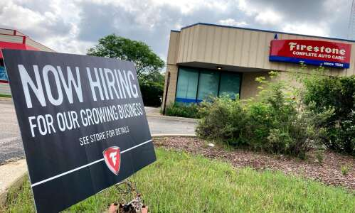 National jobless claims fall to 364,000