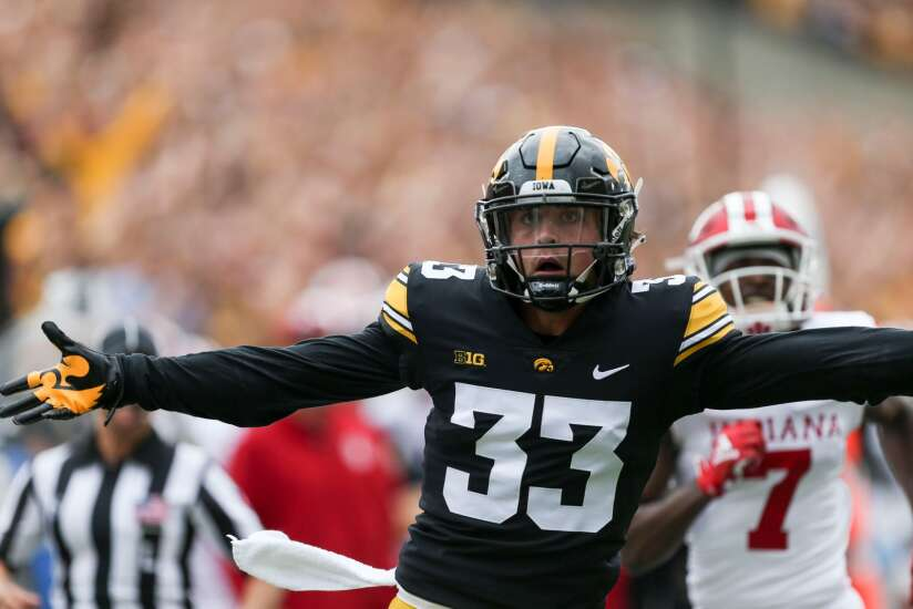 Iowa 34, Indiana 6: Riley Moss makes case as top receiver with pair of pick-6s