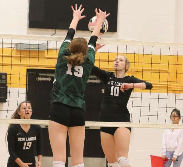 New London volleyball drops marquee matchup