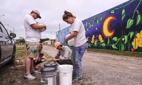 University of Iowa artists help show story of Waterloo