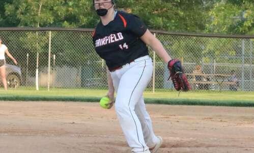 Fairfield softball crunches Keokuk