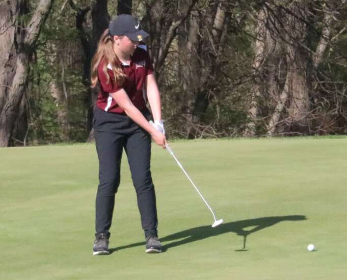Mt. Pleasant girls golf takes 3rd at home tournament