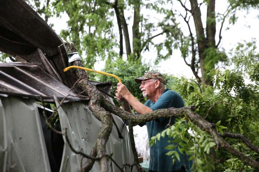 Weather service confirms at least a dozen tornadoes in Iowa