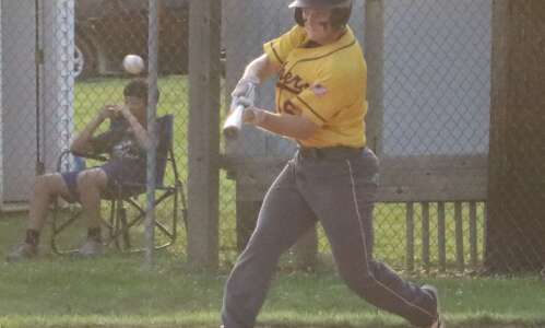 Mt. Pleasant baseball knocked out in Fort Madison