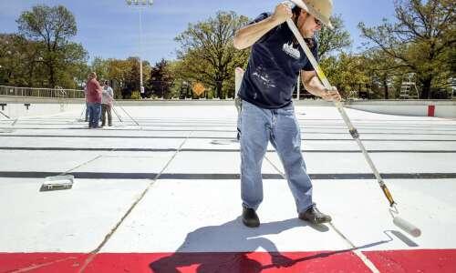 Iowa City splash pads open Saturday, City Park pool later