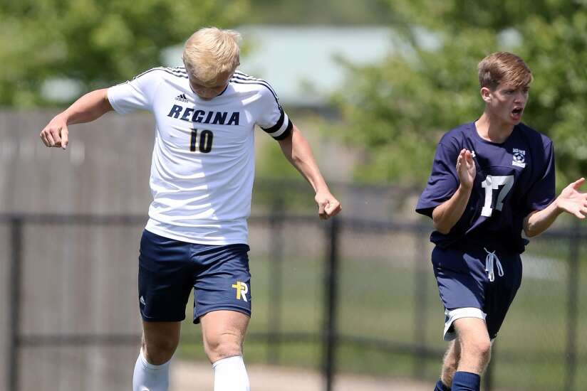 Iowa City Regina, West Liberty fall in 1A boys' state soccer semifinals