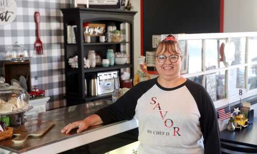 West Liberty chef teaches cooking with 5 ingredients or less