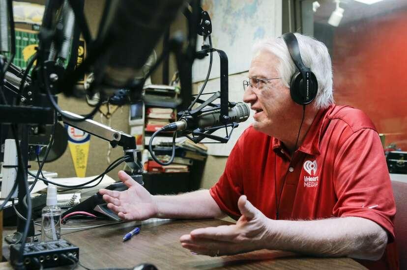 Longtime WMT-AM Program Director Randy Lee retiring after 46-year career in radio