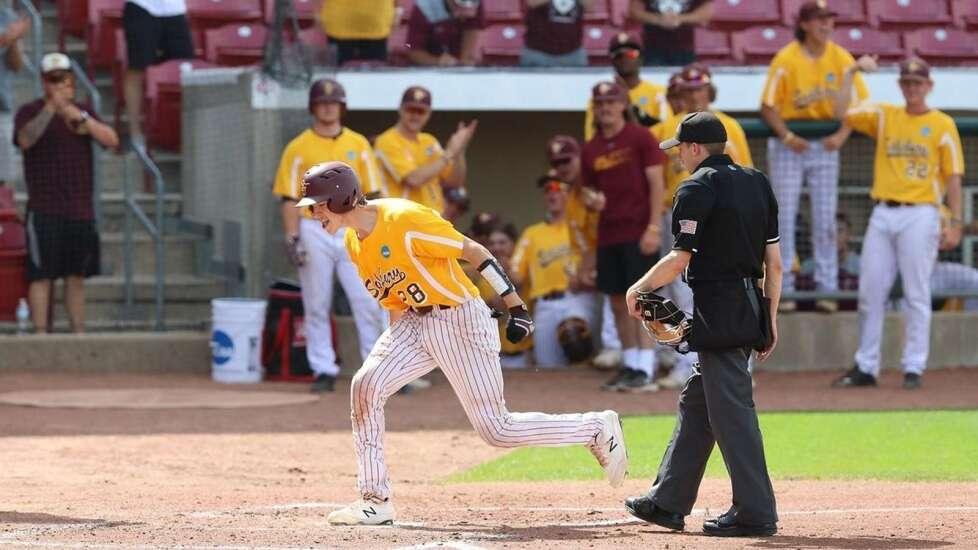 Salisbury sweeps its way to first NCAA Division III baseball national title in Cedar Rapids