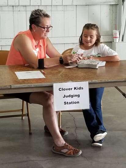 Clover Kids meet with judges over fair exhibits