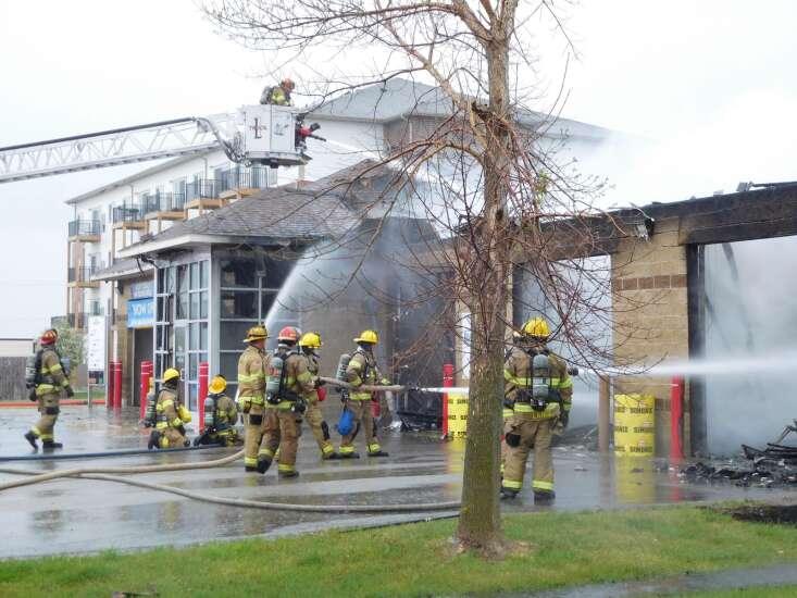 Cedar Rapids car wash destroyed by fire