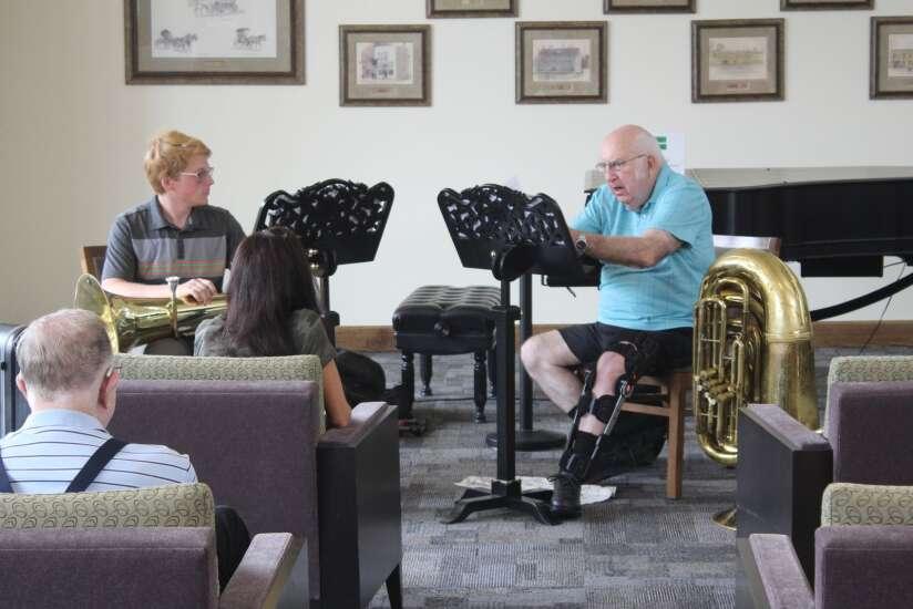 Washington library hosts concert