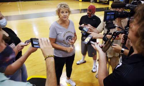 Summer school at Iowa: Lots of lessons on defense