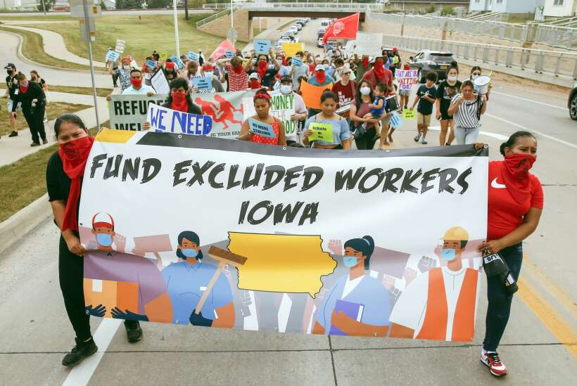 Iowa City considers giving federal rescue funds to undocumented immigrants