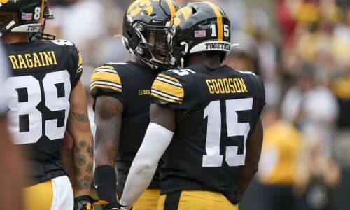 Iowa football podcast: Wisconsin preview, recruiting update with Tom Kakert