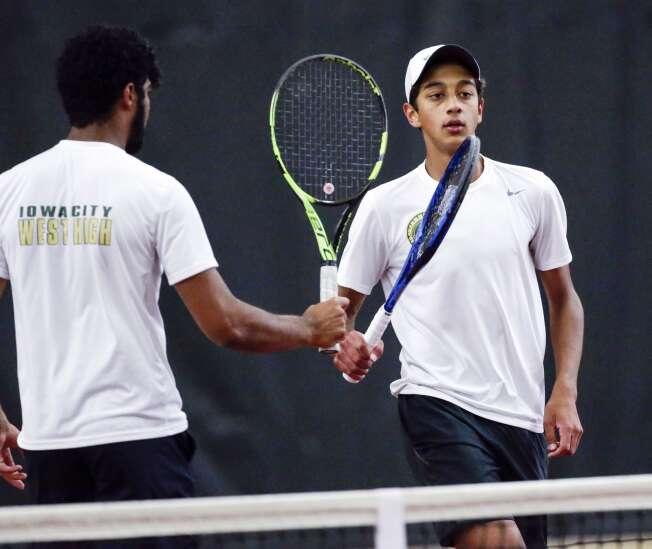 Iowa City West, Cedar Rapids Xavier boys' tennis teams aim to 'repeat'