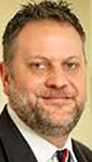 Iowa parole board chairman aims to cut prison crowding