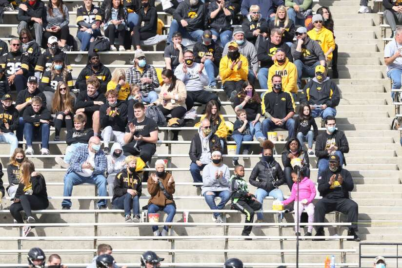 Iowa football fans and Kinnick Stadium: A romance rekindled Saturday